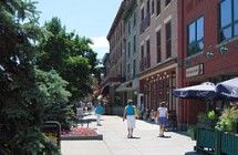 256px-Downtown_Saratoga_Springs